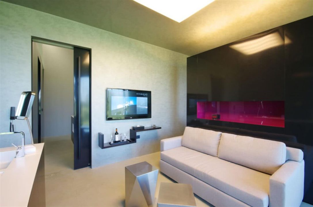 Miura Hotel