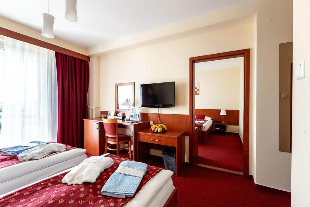 Hotel Senec Lake Resort