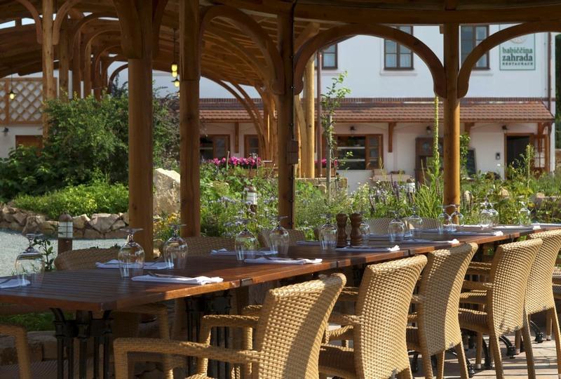 Babiččina zahrada – Restaurace a Penzion