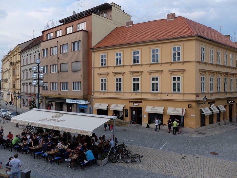 Lokál Pod Divadlem