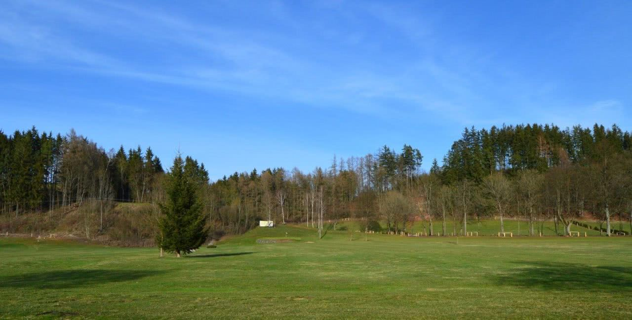 Golf Country Club Prosečné
