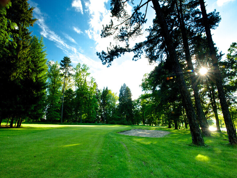 Queens Park Golf Club Myštěves