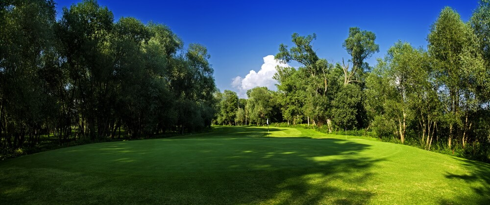 Three Oaks – Tři Duby Golf Resort