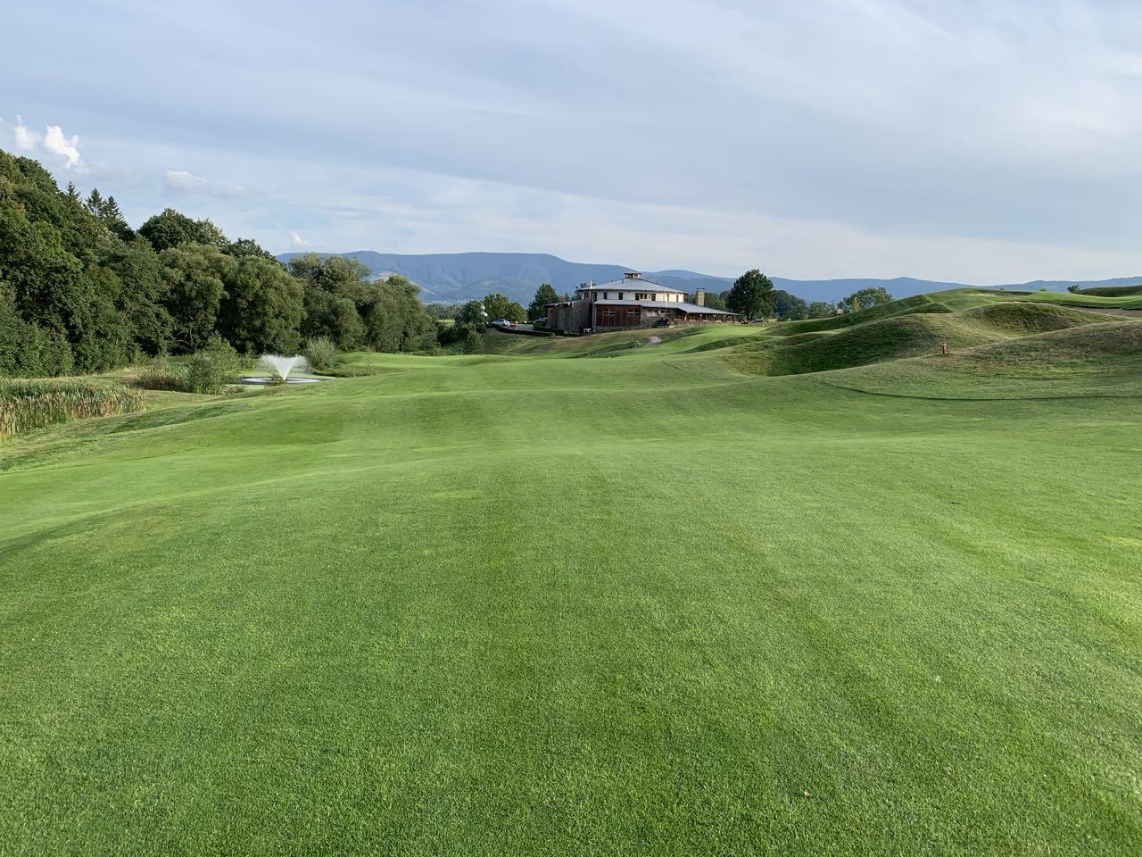Golf Resort Ropice, krásné golfové hřiště v Beskydech